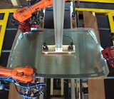 AUTOMATIC ASSEMBLY OF WINDSHIELD